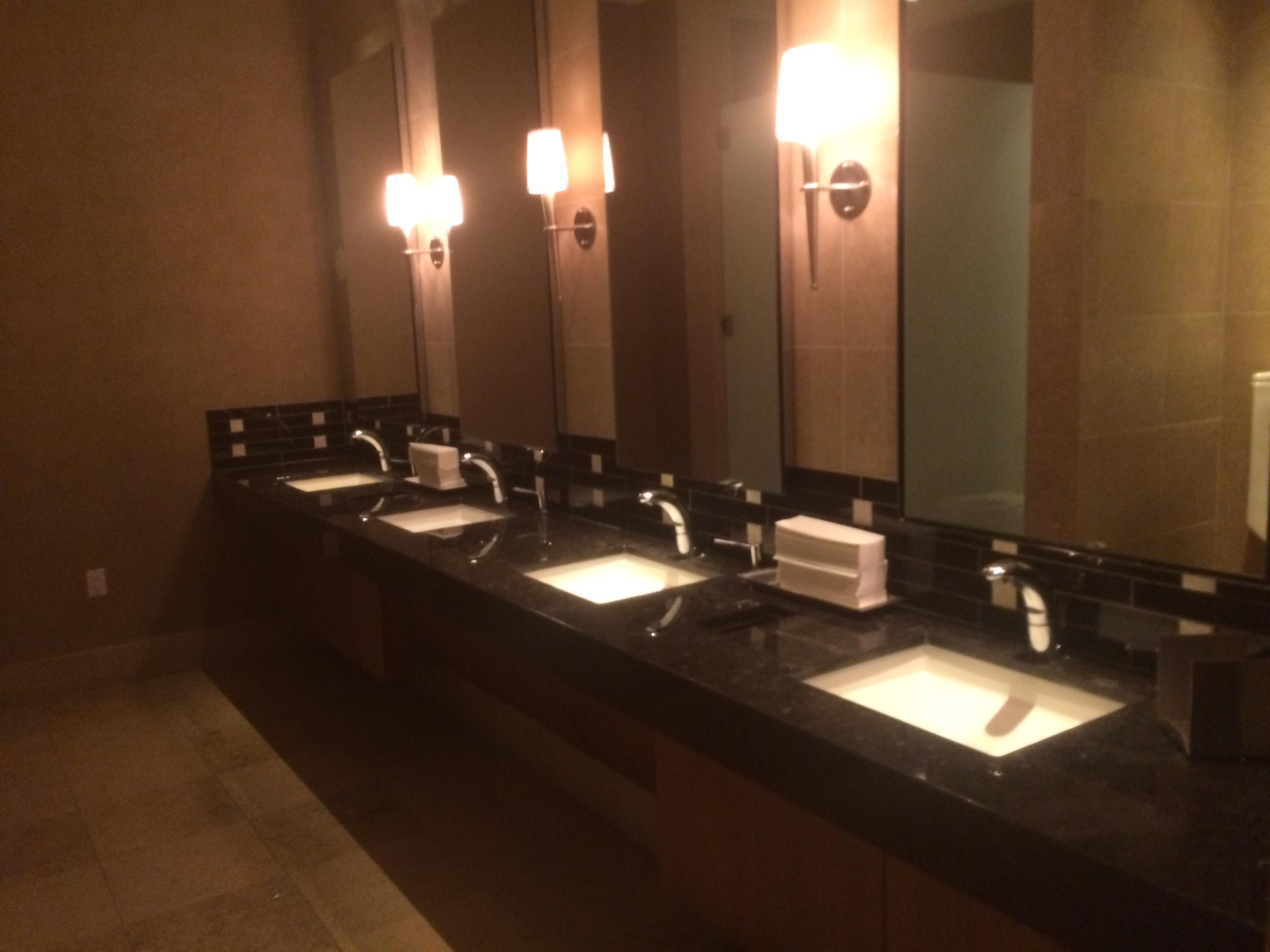 Commercial Motion Sensor Restroom Sink Faucets