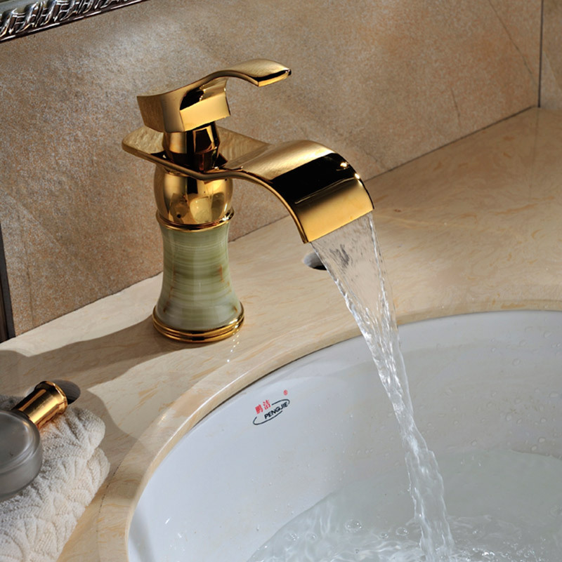 Bathroom faucet bronze