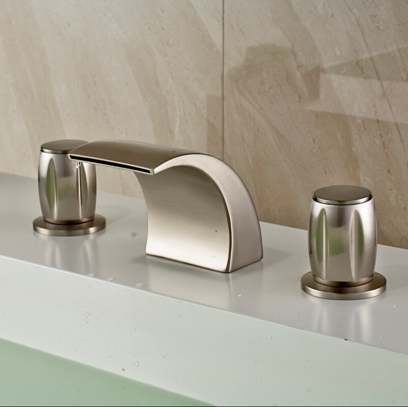 Montreal Brushed Nickel Finish Deck Mounted Bathtub Faucet with Hot ...
