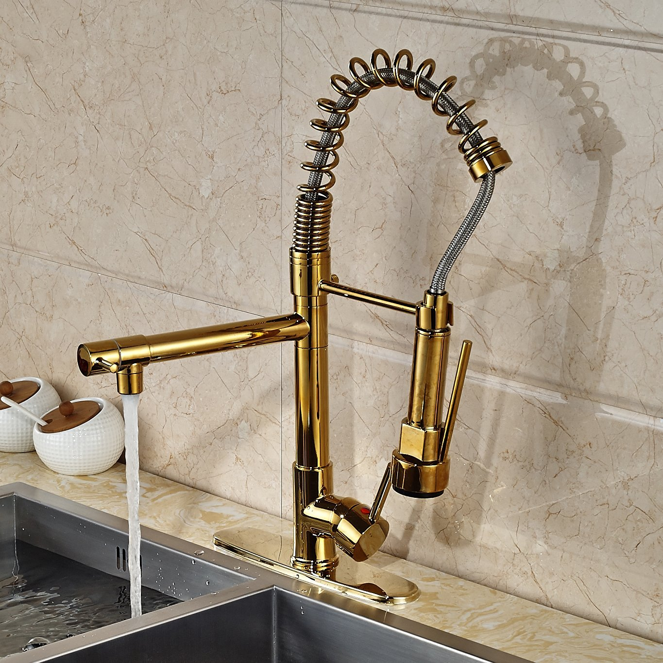 Venezuela Gold Finish Kitchen Sink Faucet with Pull Down Faucet