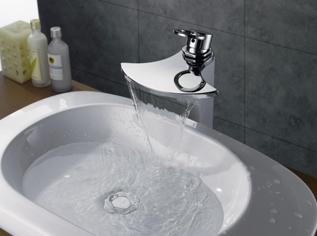 7 Faucet Finishes For Fabulous Bathrooms: Chrome Finish Brass Body Waterfall Bathroom Sink Faucet